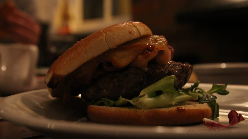tuesday-gourmet-burger-night-old-bell-wooburn